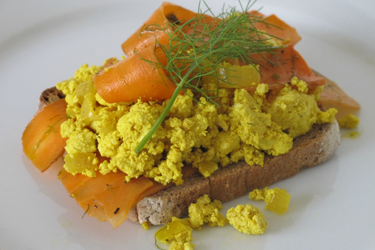 NOT Smoked Salmon Scramble [Vegan]