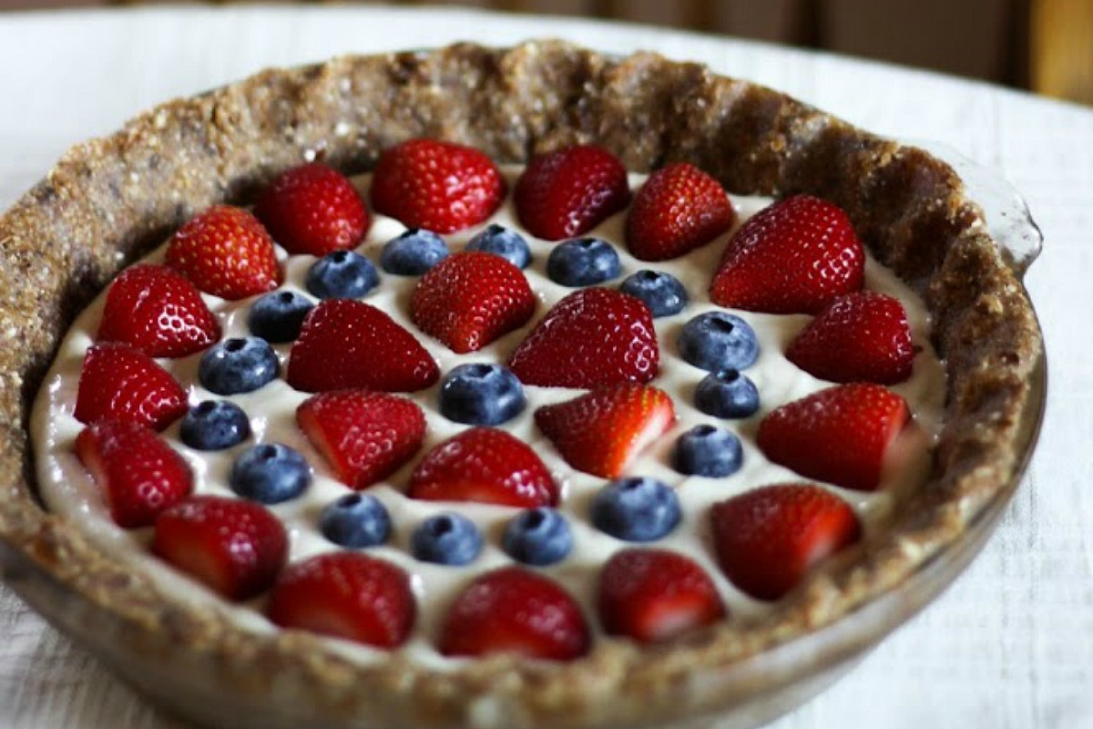 10 Fresh and Delicious No-Bake Vegan Pies to Make This Summer