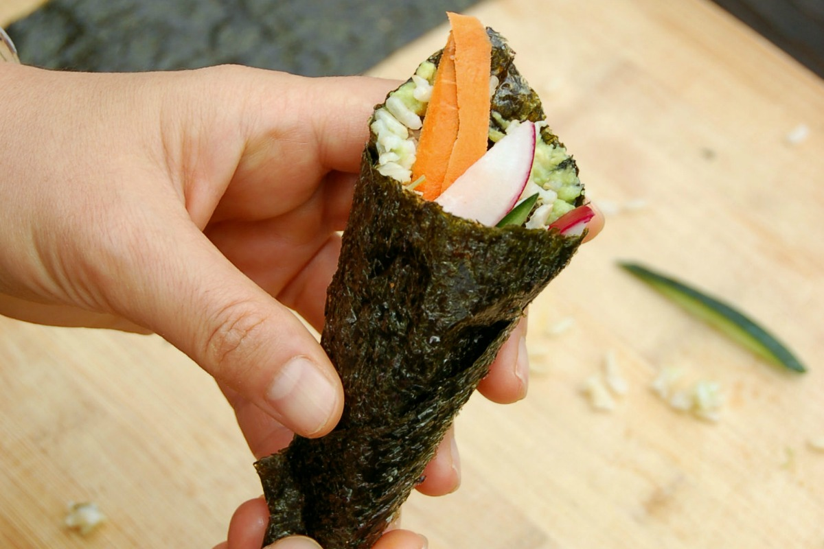 Super Easy Nori Hand Rolls With Avocado Dressing [Vegan, Gluten-Free]