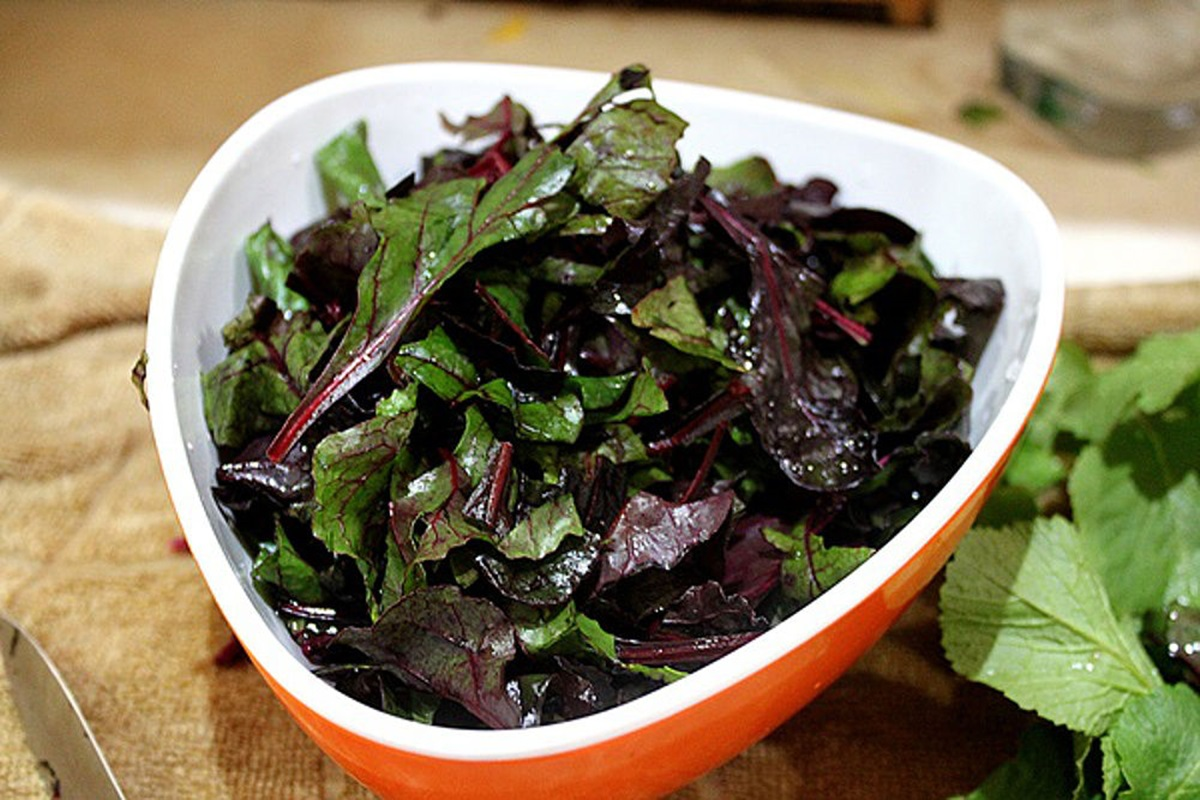 Sauteed-Red-Greens-1