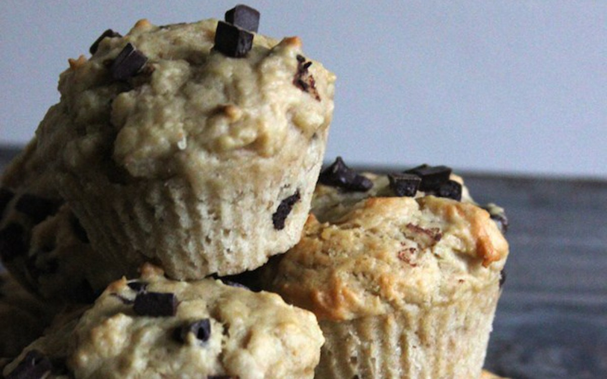 Peanut Butter Chocolate Chip Protein Muffins