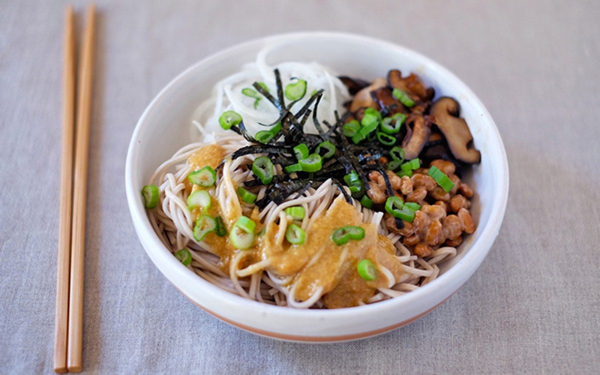 Soba Noodle Bowl With Fermented Beans, Sautéed Shiitake Mushrooms, and a White Miso Dressing