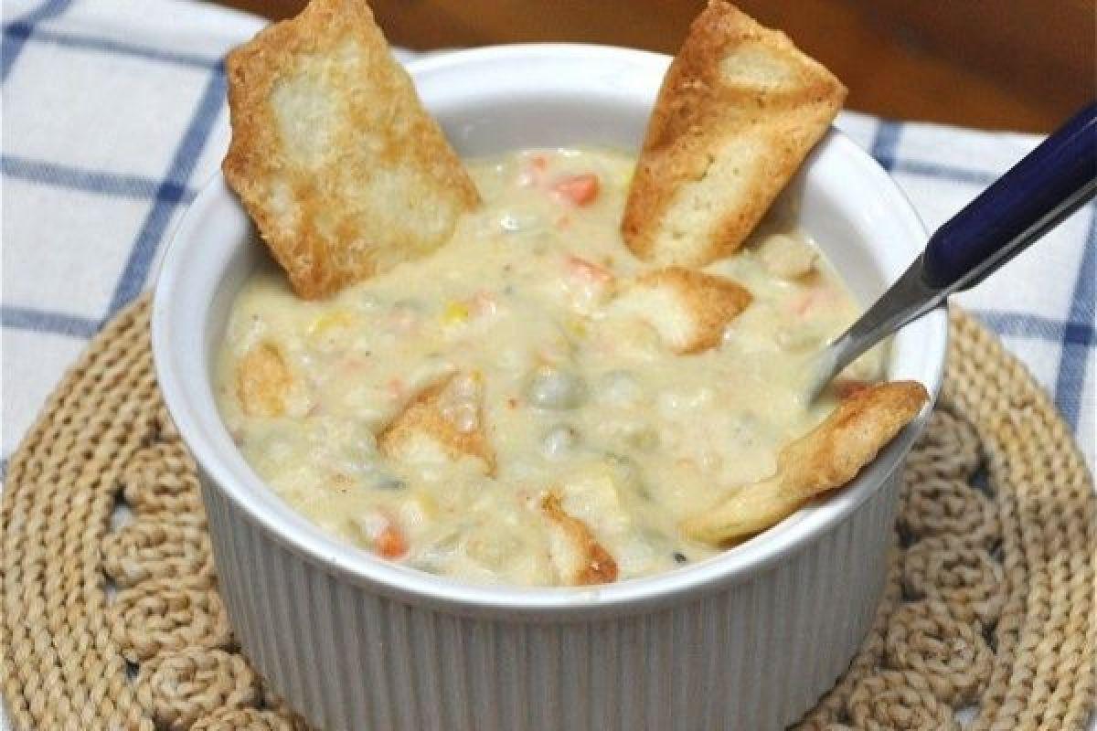 chicken-less-pot-pie-soup