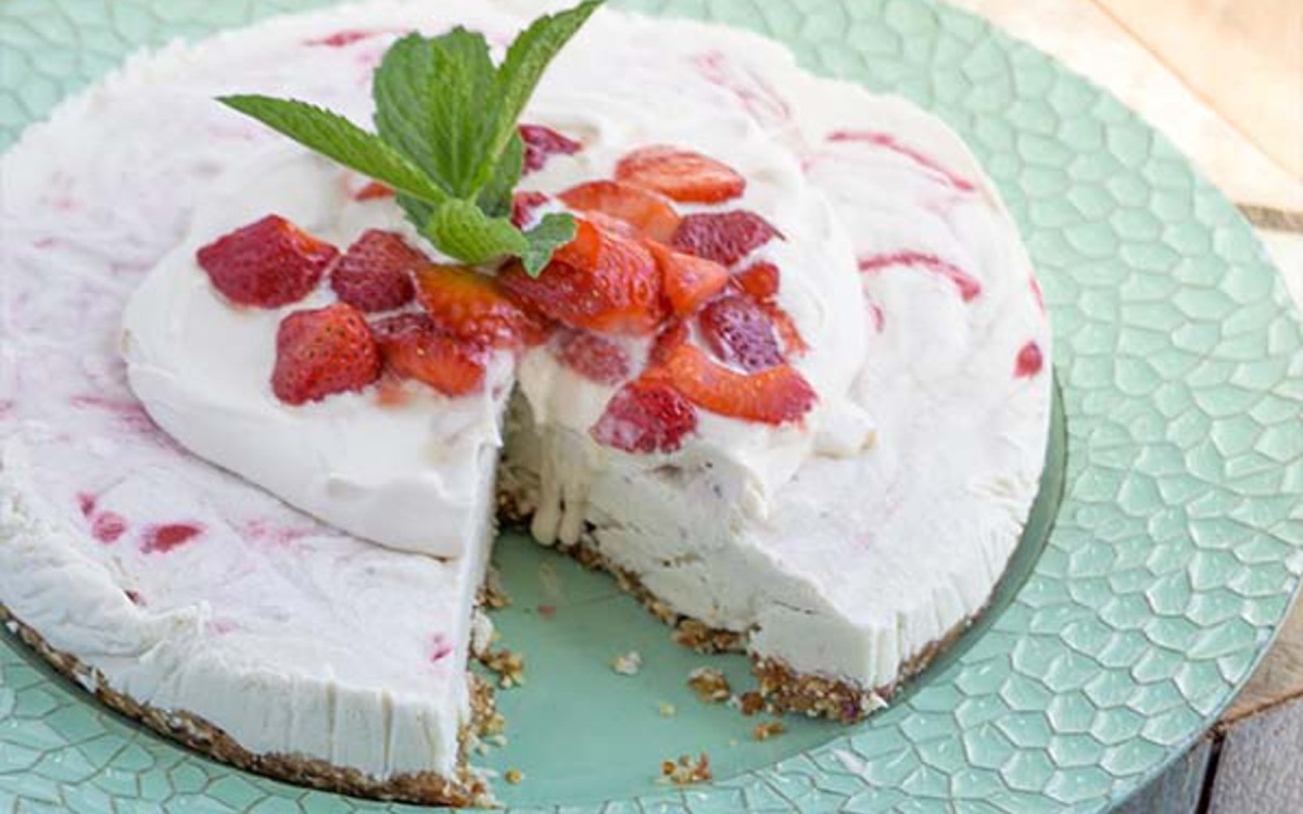 Raw Strawberry Mint Cheesecake 2