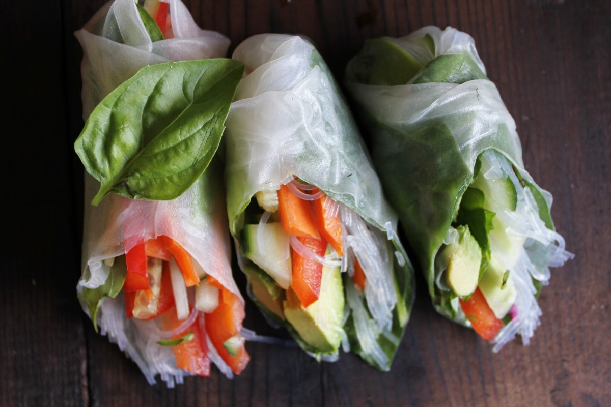 Vegan Veggie Summer Rolls With Spicy Garlic Peanut Sauce