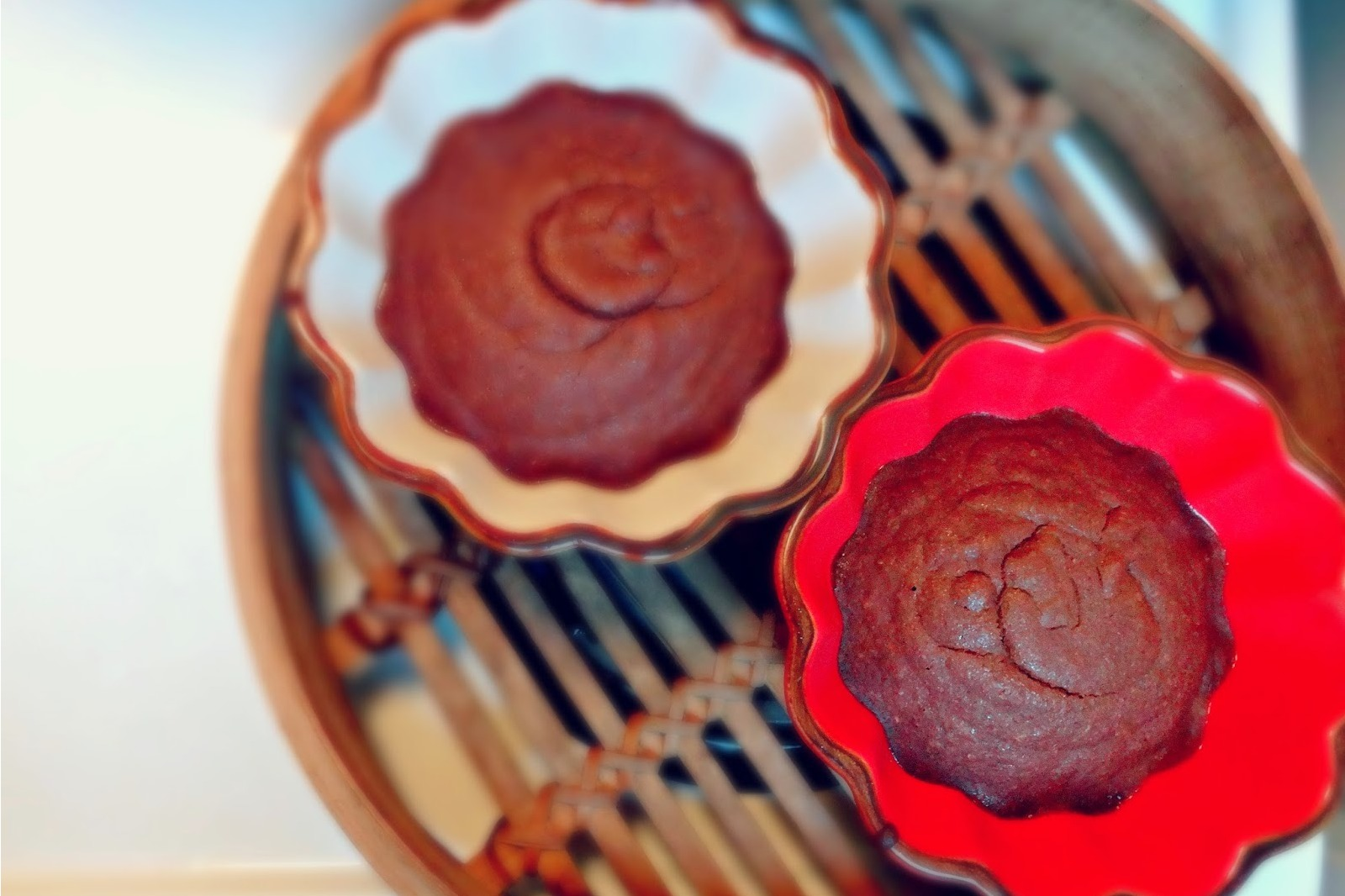 Healthy Steamed Chocolate Molten Cakes [Vegan]