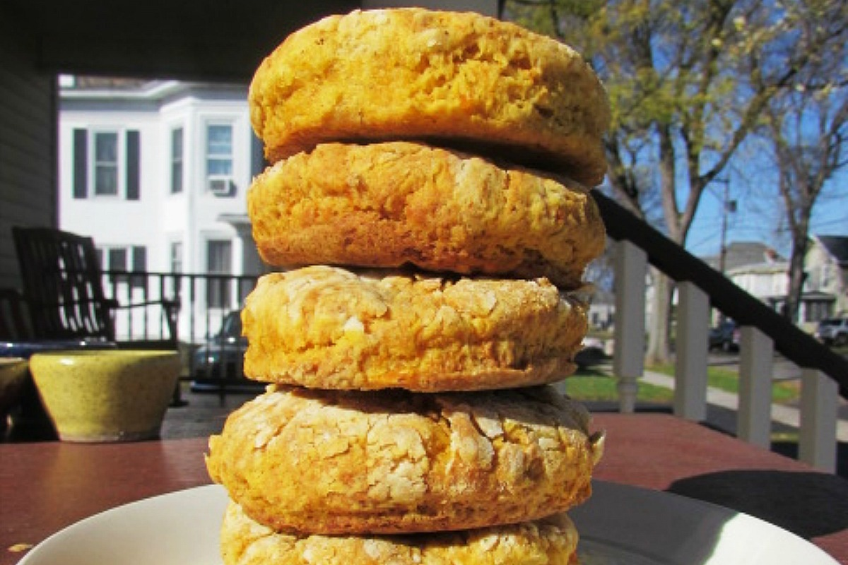 Butternut Squash Biscuits [Vegan]