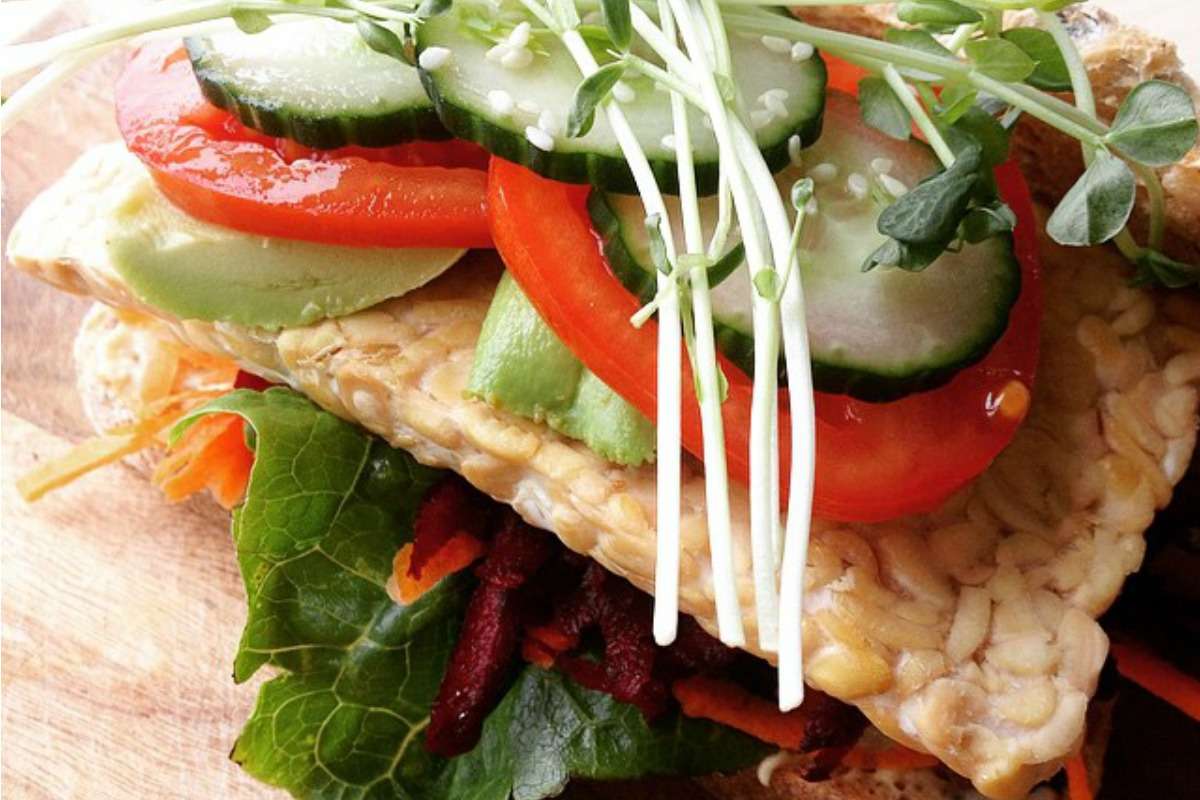 20 Super Veggie Sandwiches and Wraps for Summer - One ...