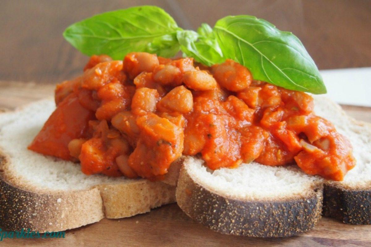 Easy, Healthy, Homemade Baked Beans [Vegan] - One Green Planet