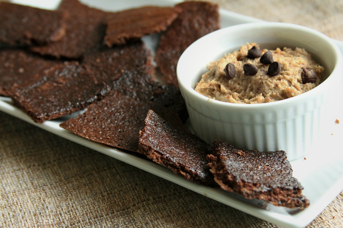 Vegan Gluten-Free Brownie Brittle With Chickpea Cookie Dough Dip