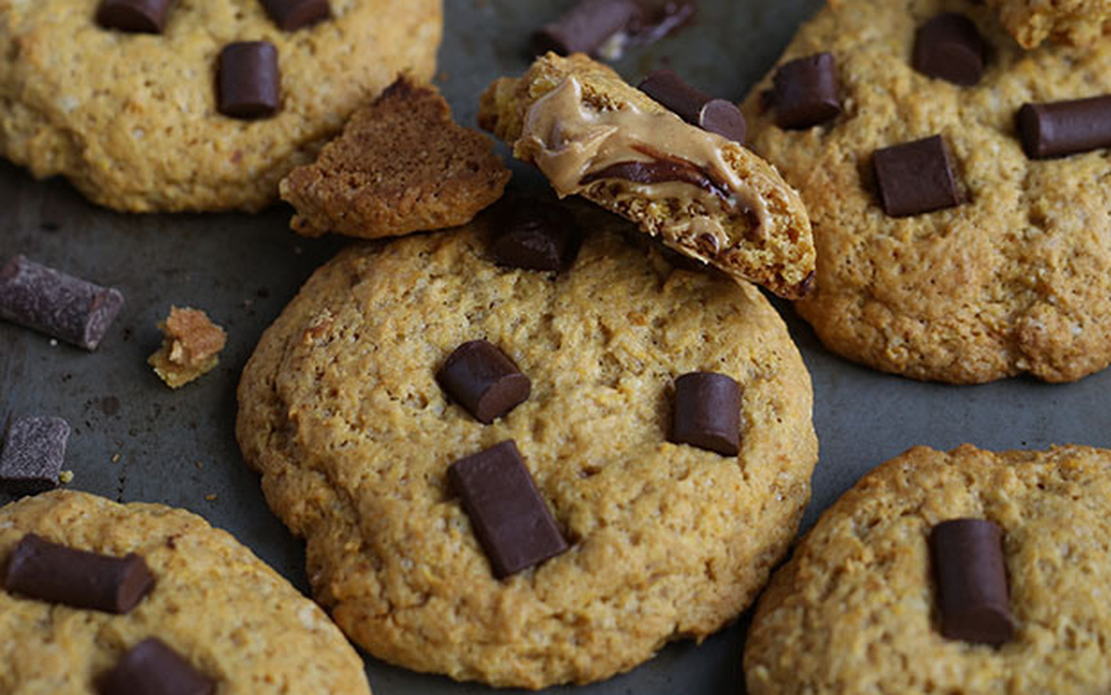 chocolate chip peanut butter stuffed cookies