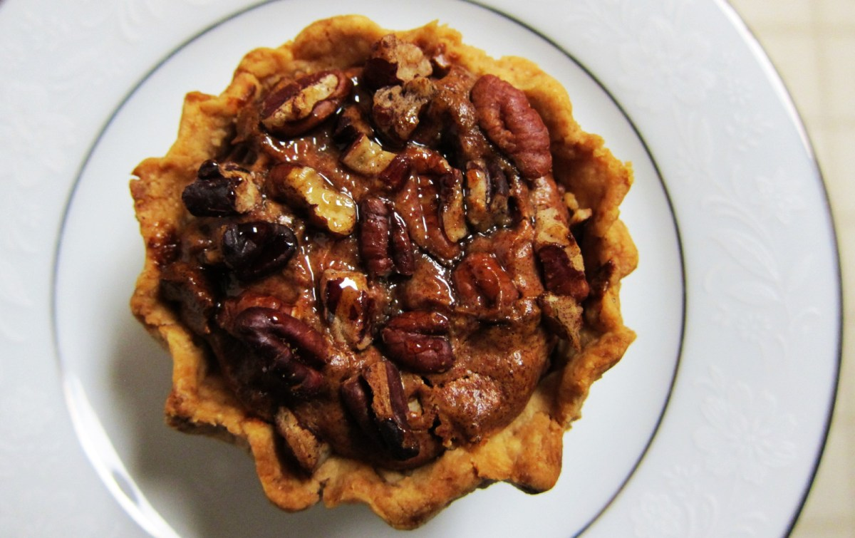 18 Sticky Vegan Pecan Dessert Recipes