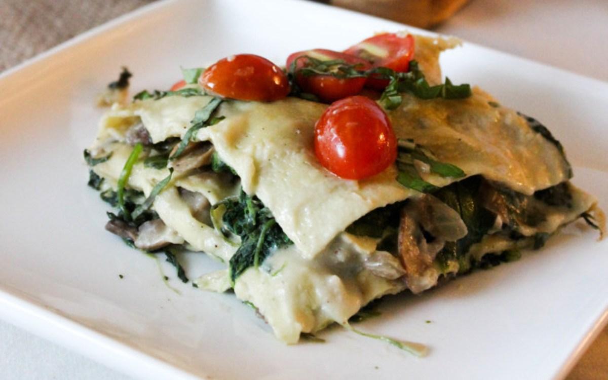 spinach and mushroom alfredo lasagna vegan  one green