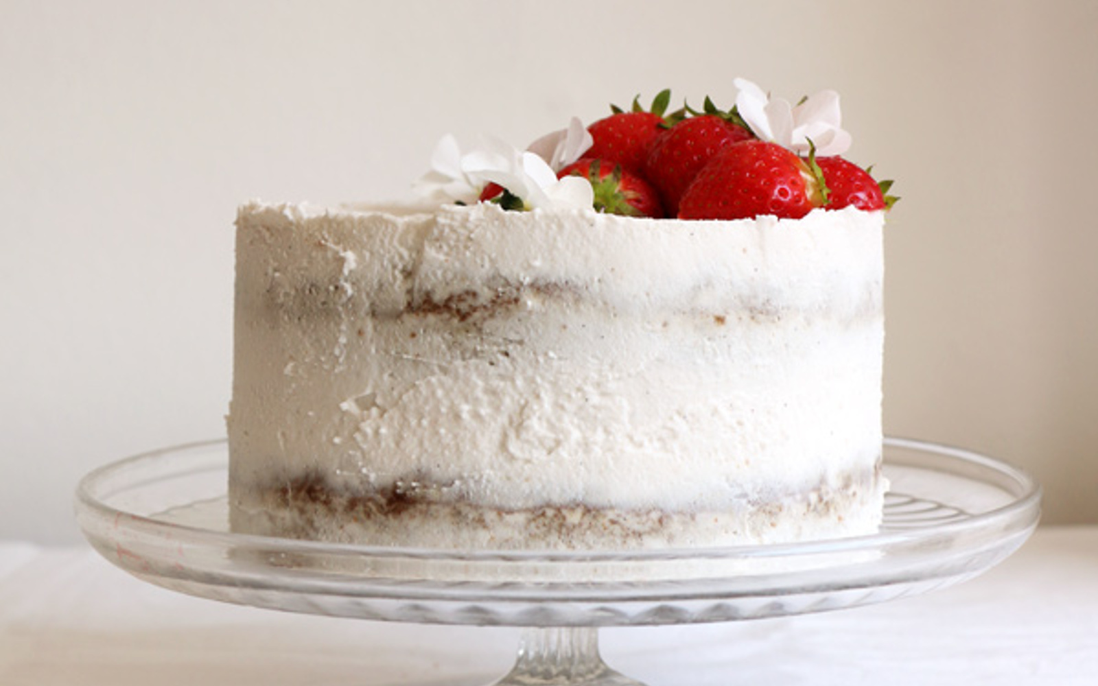 Strawberry Coconut Sponge Cake 3