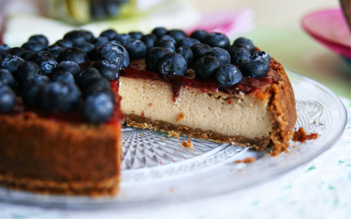 Blueberry Lime Cheesecake With a Cookie Crust
