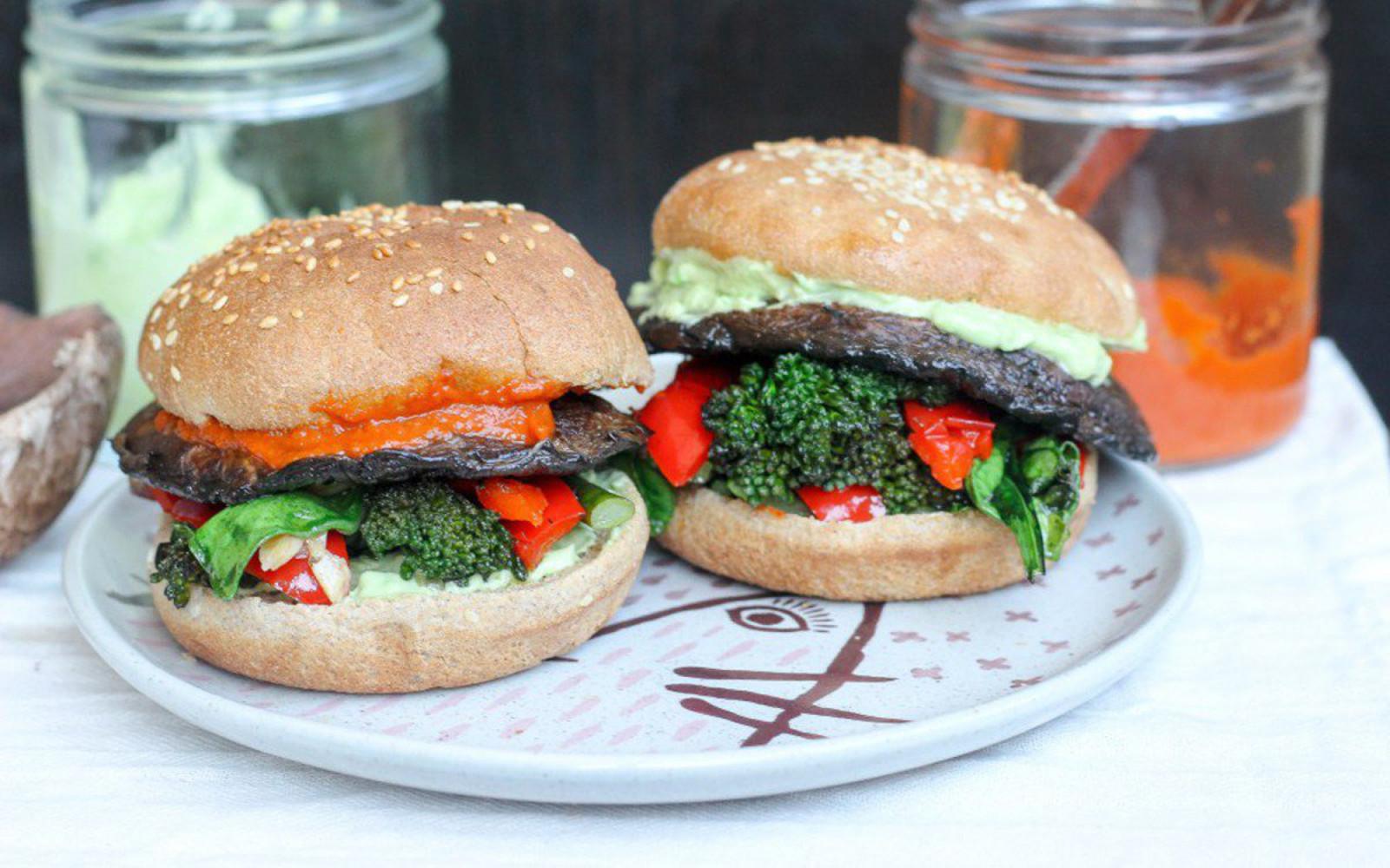 15 Ways to Make Umami Veggie Burgers Using Mushrooms - One ...