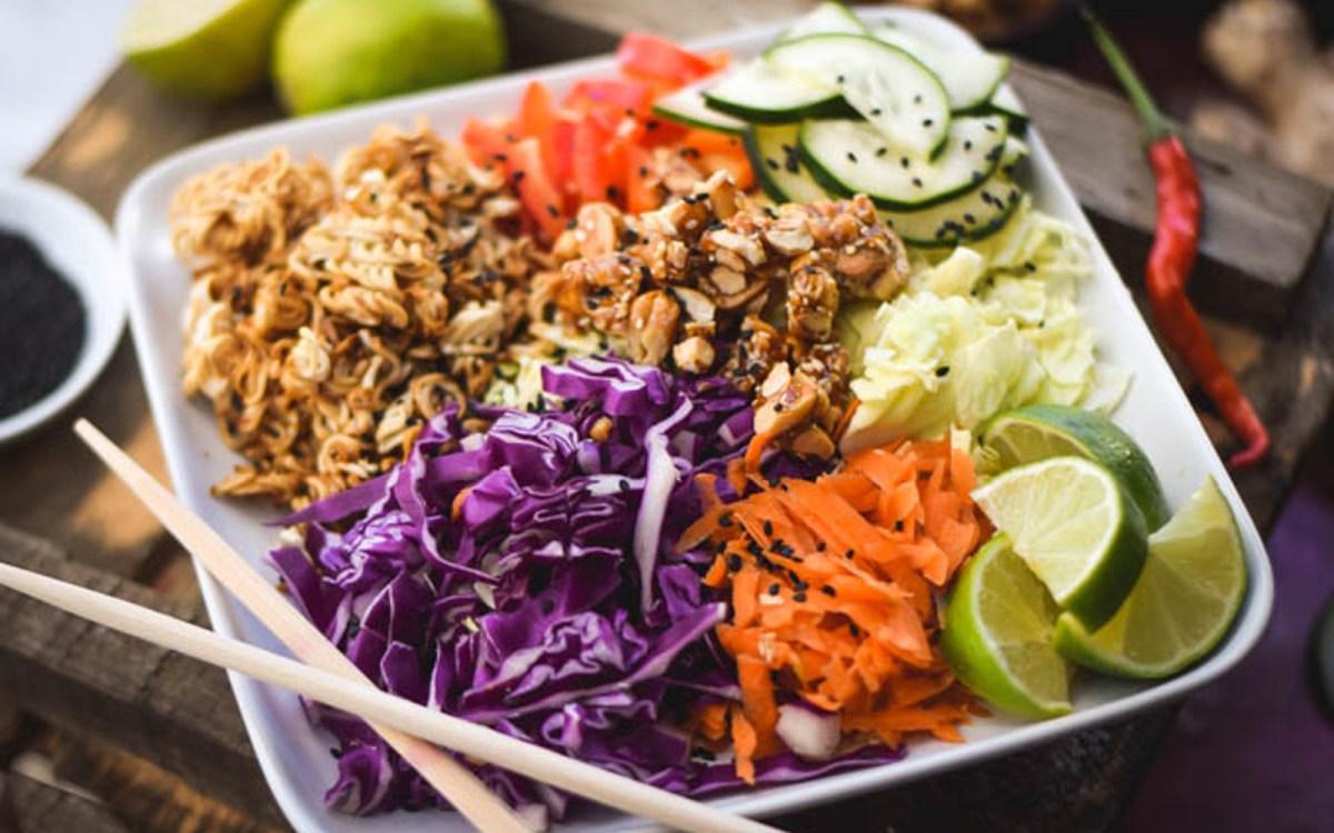Crunchy Ramen Noodle Salad 4