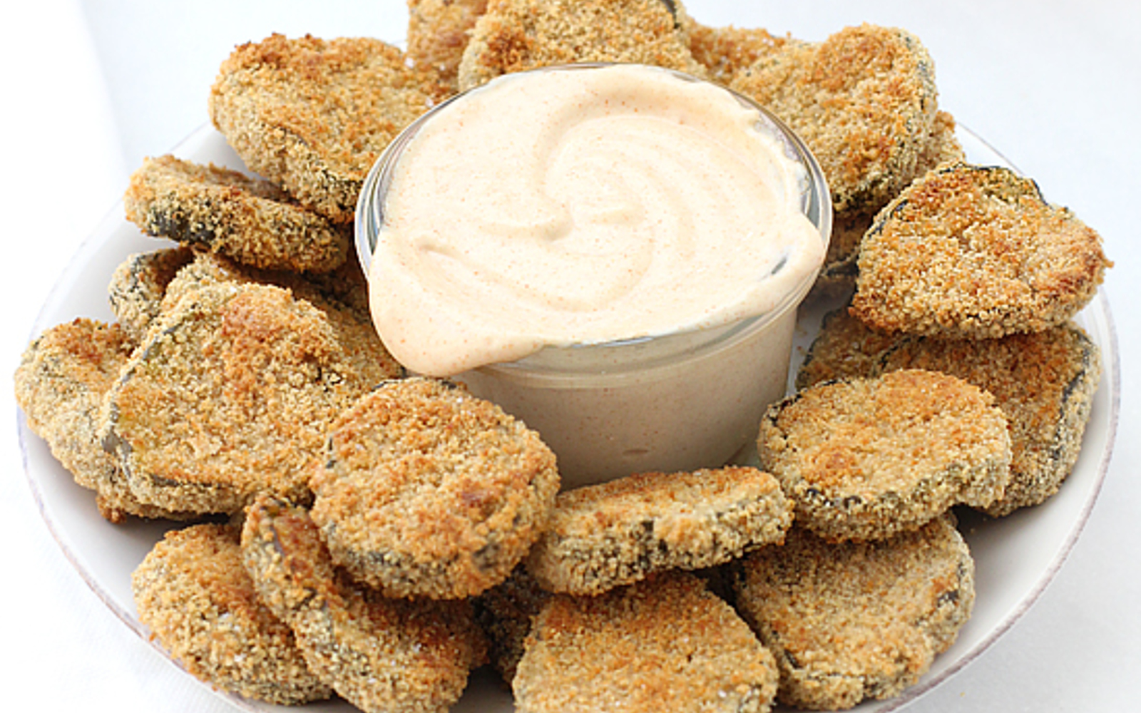 Oven-Fried Pickles With Garlic Paprika Aiol