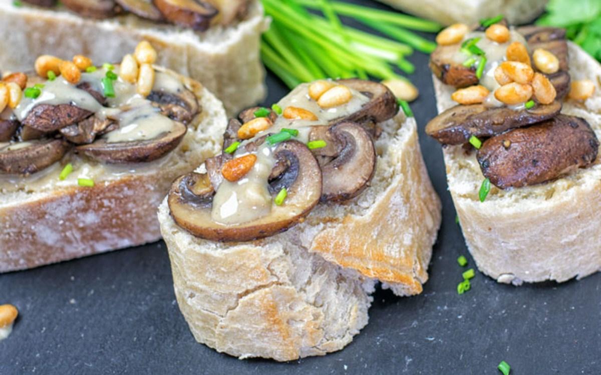 Roasted Garlic Tahini Crostini 1