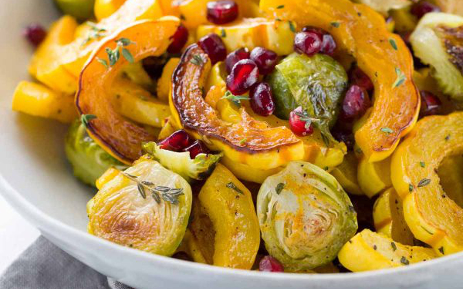 Maple Cinnamon Glazed Roasted Delicata Squash [Vegan]