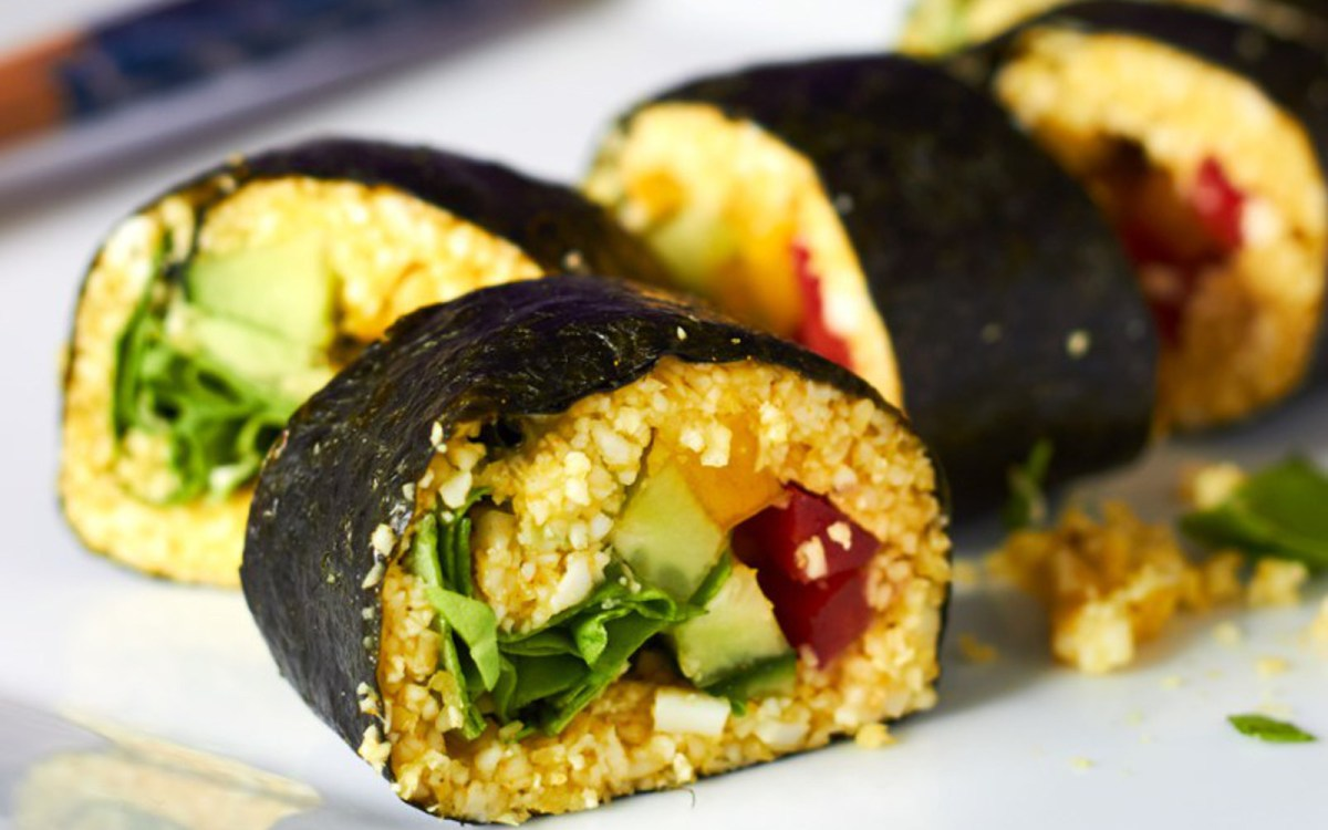 Vegan Turmeric Cauliflower Rice Sushi