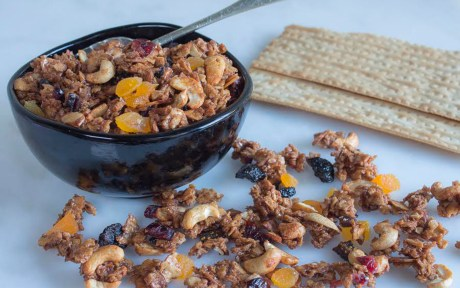 Matzo Granola For Passover