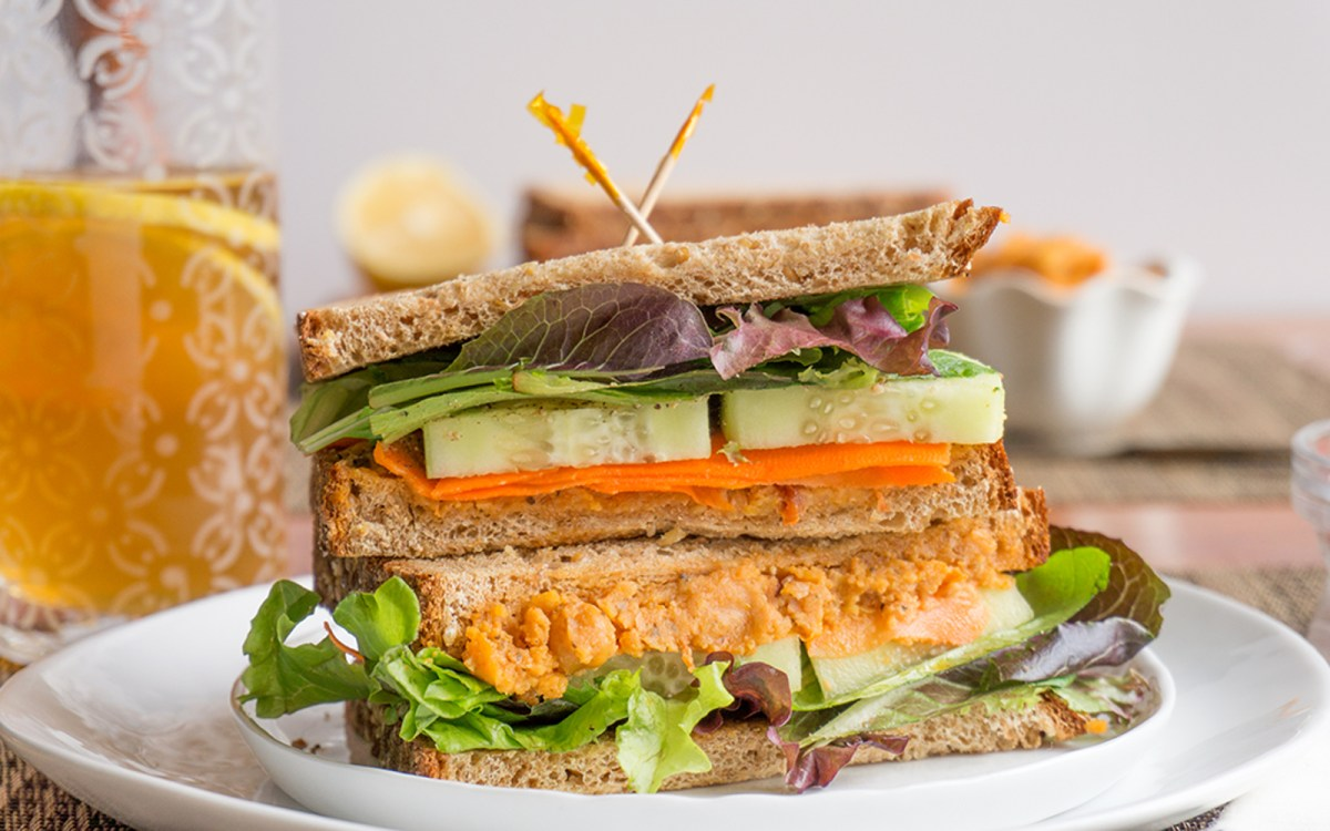 Spicy Roasted Chickpea Spread Sandwich