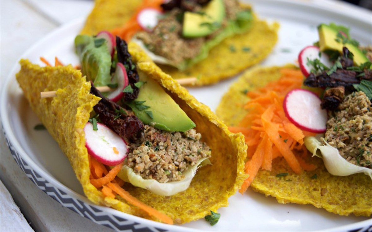 Raw Mexican Tacos With Corn Tortillas