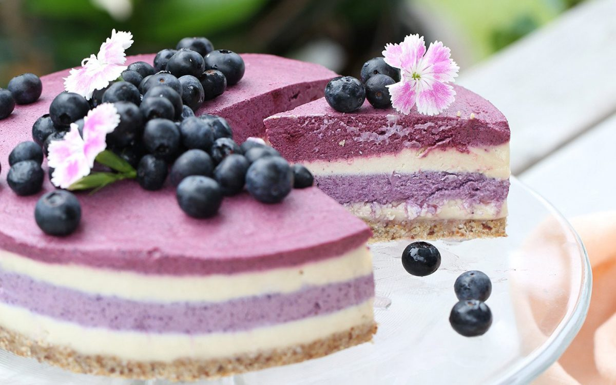 raw-blueberry-beet-cheesecake-b-1200x750