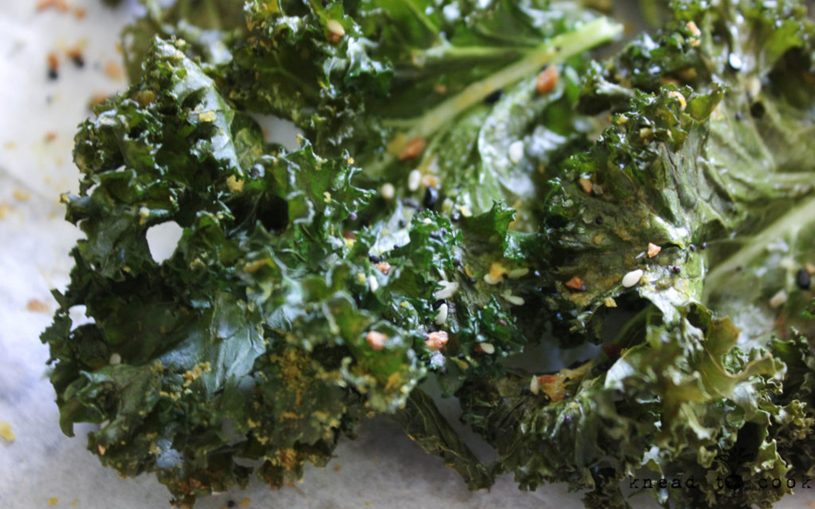 Vegan Gluten-Free Everything Bagel Kale Chips with seasoning