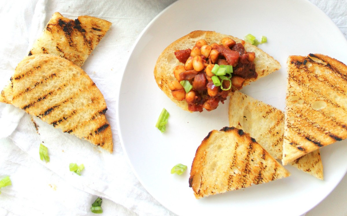 Vegan Zesty White Bean Garlic Toast
