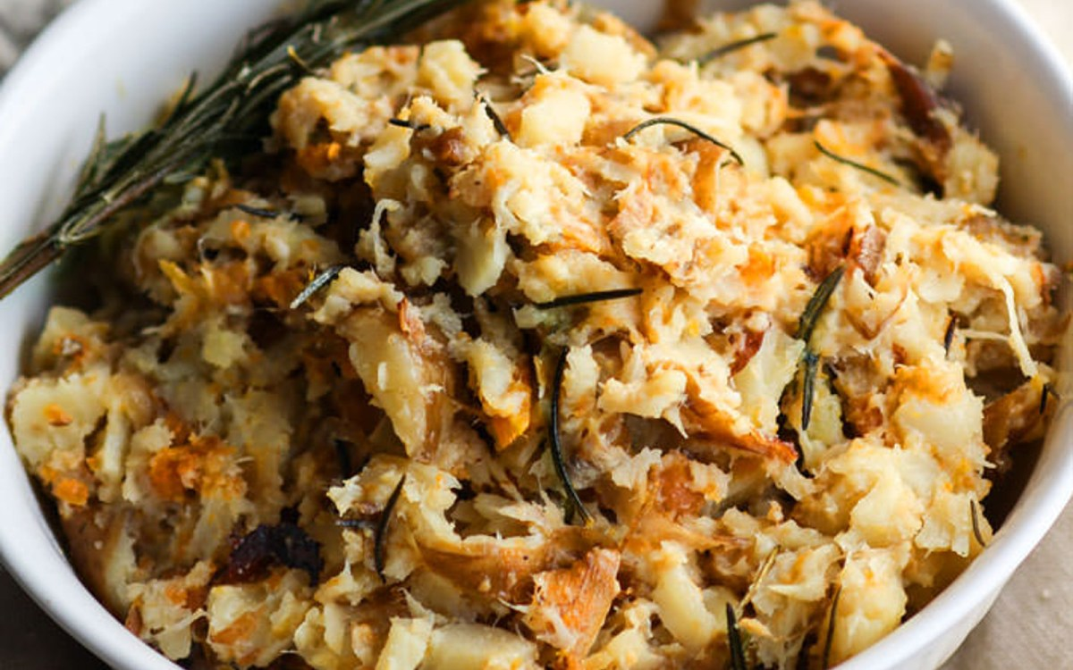 Vegan Slow Cooker Rosemary Carrot Parsnip Mash