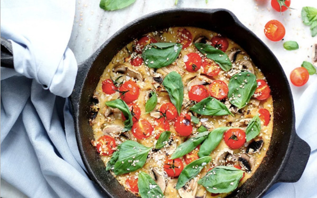 Vegan Polenta Frittata With Mushroom, Tomato, and Basil