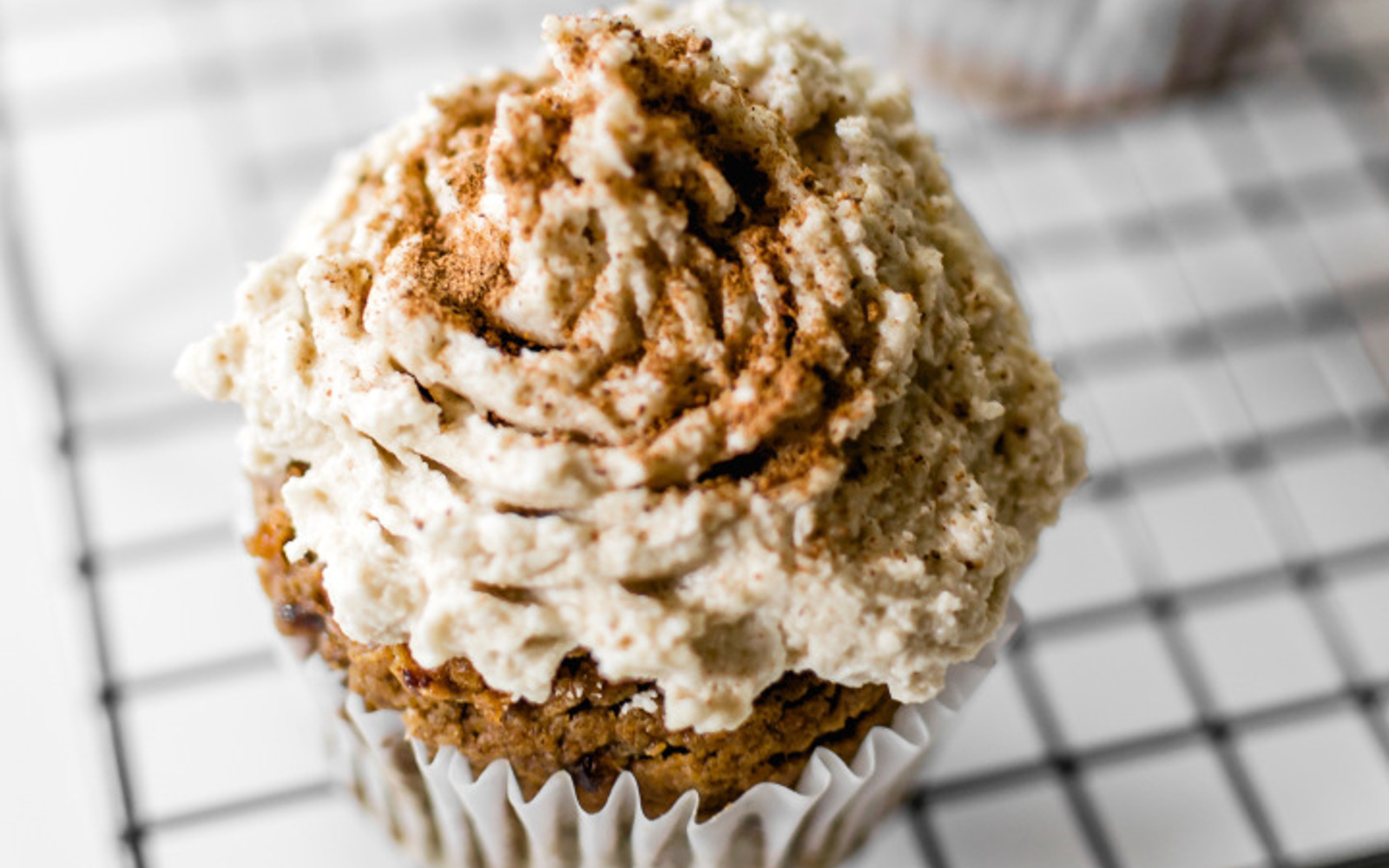 Date-Sweetened Pumpkin Spice Cupcakes