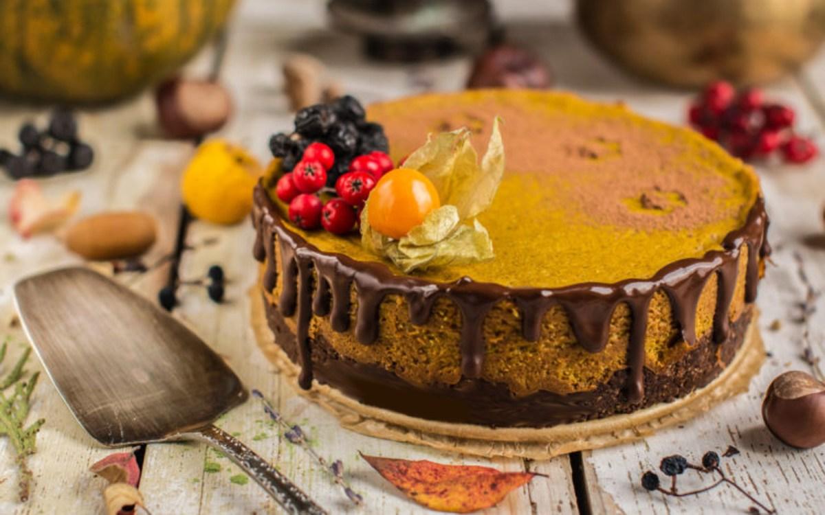 Tofu and Pumpkin Cheesecake [Vegan, Gluten-Free]