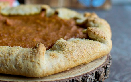 vegan pumpkin cream cheese galette