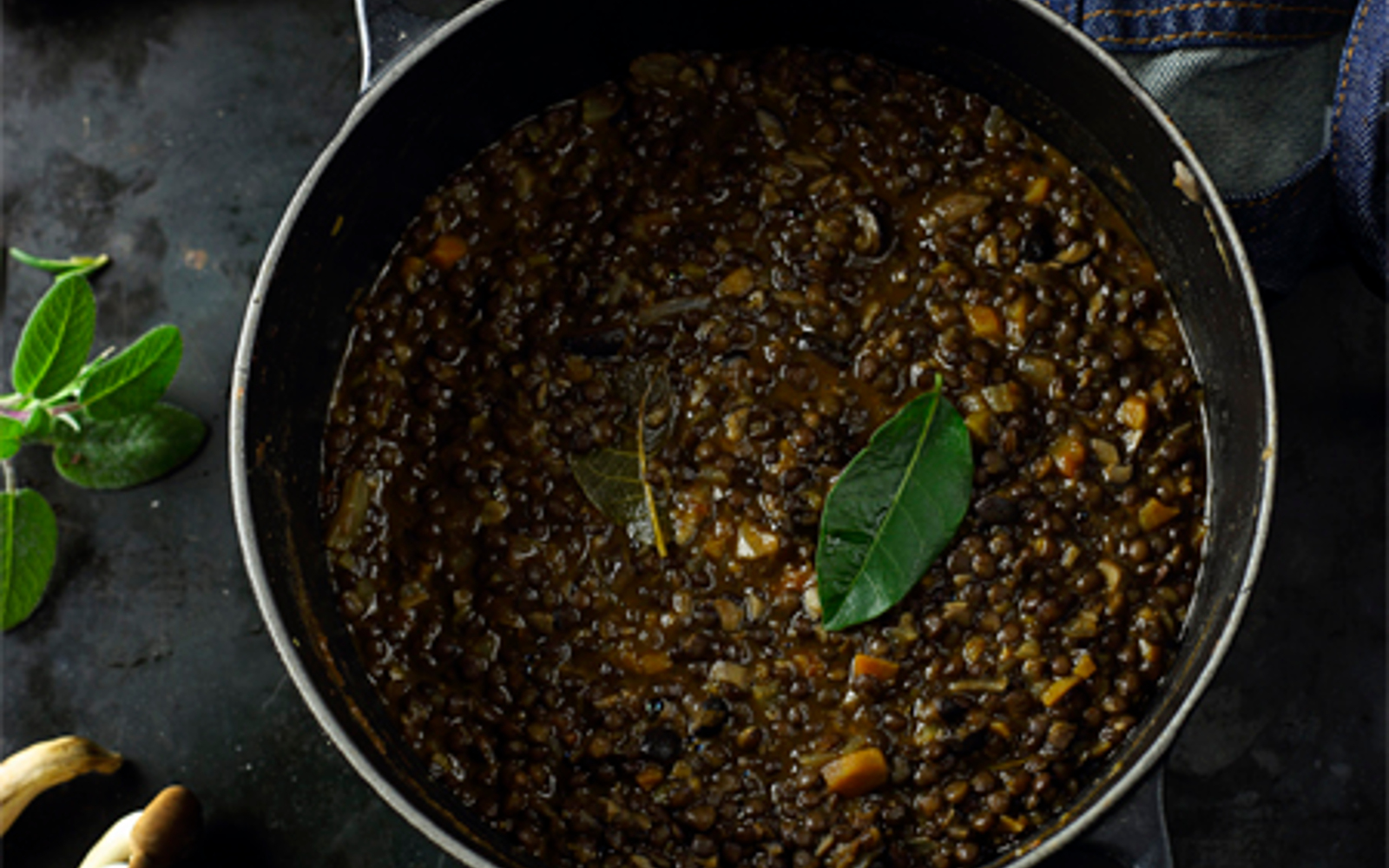 Vegan Mushroom and Lentils Ragù topped with sage