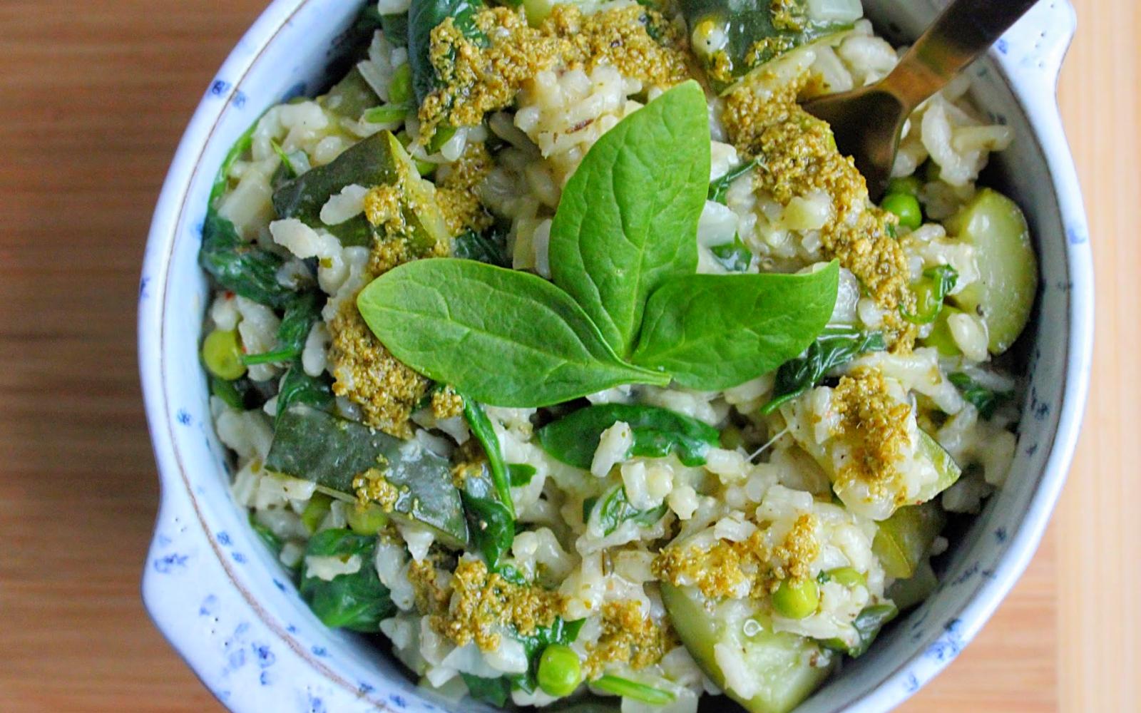 Vegan Zucchini, Pea, and Spinach Pesto Risotto