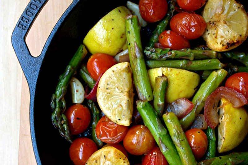 Vegan Skillet Asparagus Tomato Medley