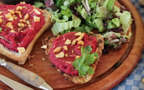 Vegan Red Beet Bruschetta with Peanut Crumble with side salad