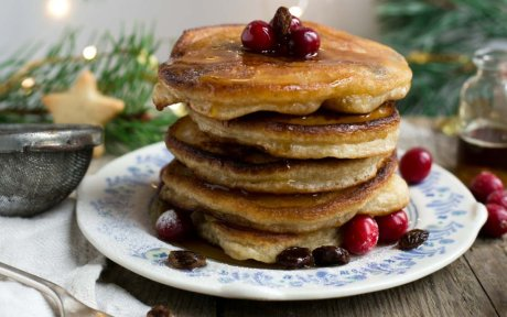 Vegan Rum Raisin Pancakes