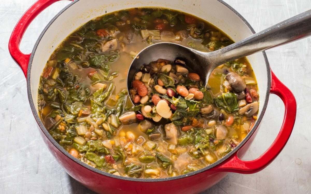 Hearty 15-Bean and Vegetable Soup