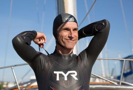 This Man Is Attempting to Swim From Tokyo to San Francisco to Raise Awareness for Plastic Pollution