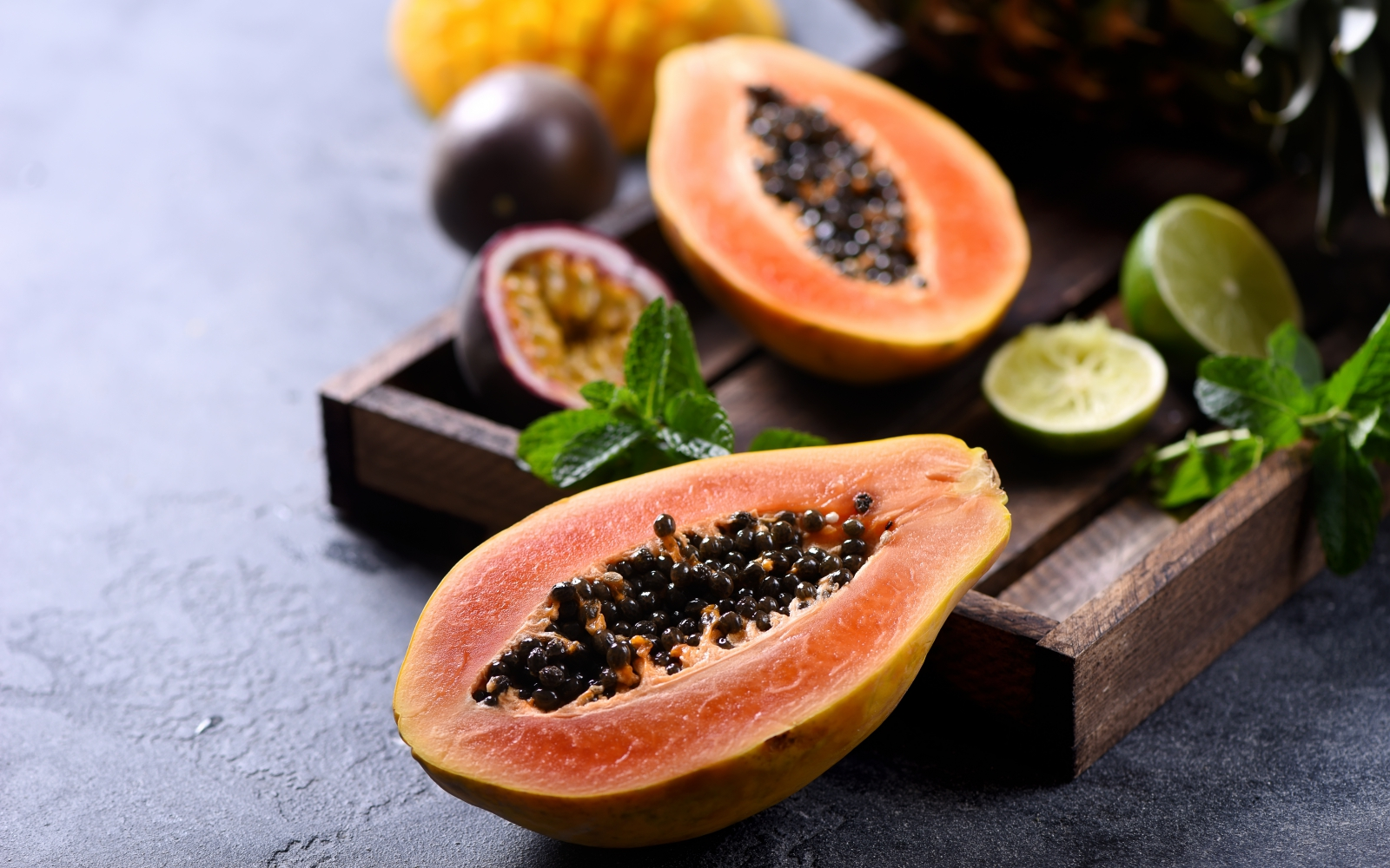 How to eat papaya Rules for using exotic berries 5