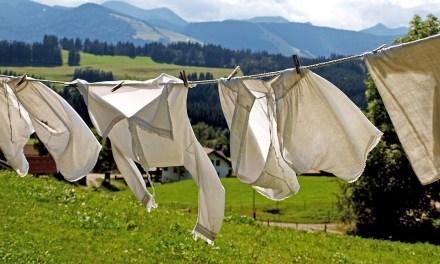 Lifehack: vlekken uit witte kleding
