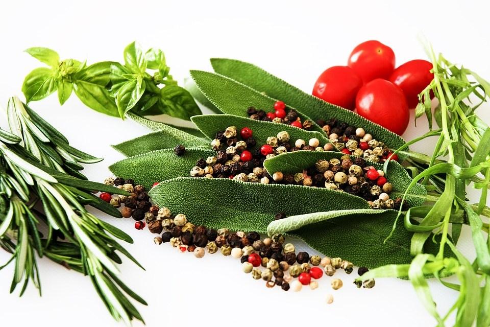 Durf te vragen: het verschil tussen kruiden en specerijen?