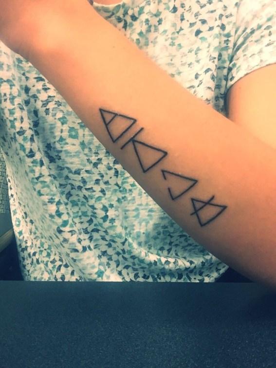 driehoek tattoo elementen