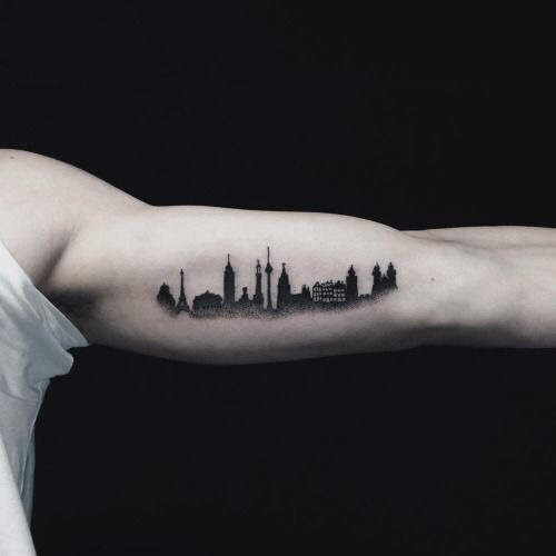 New York skyline tattoos bovenarm