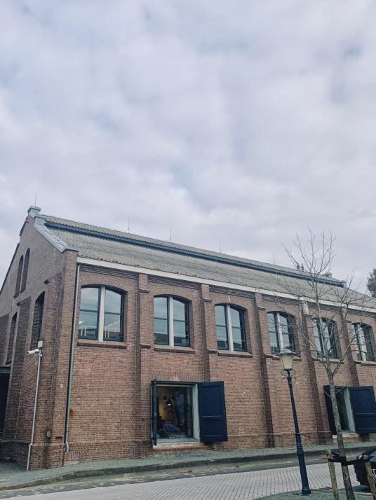Vitra Oudekerk ad Amstel