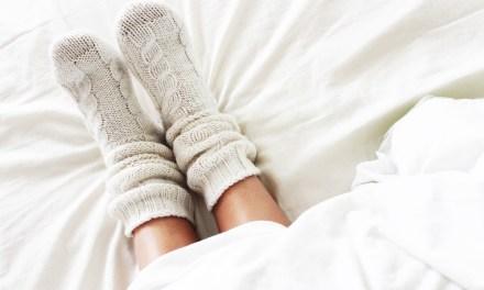 Slapen met sokken aan: goed of slecht?
